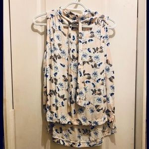Floral Blouse with Toe detail